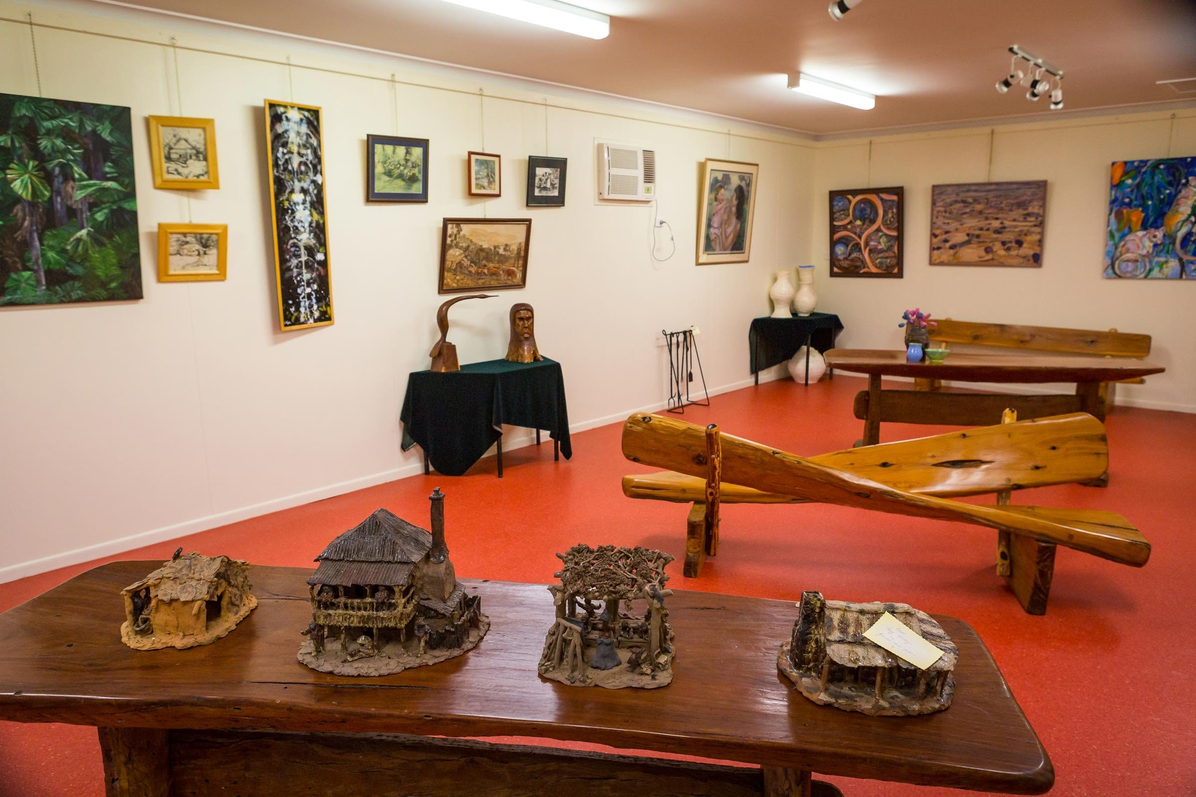 Jane Neville Rolfe Art Gallery - Accommodation Sunshine Coast