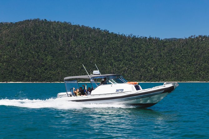 Private Standard Charter Experience in Whitsundays - Accommodation Sunshine Coast