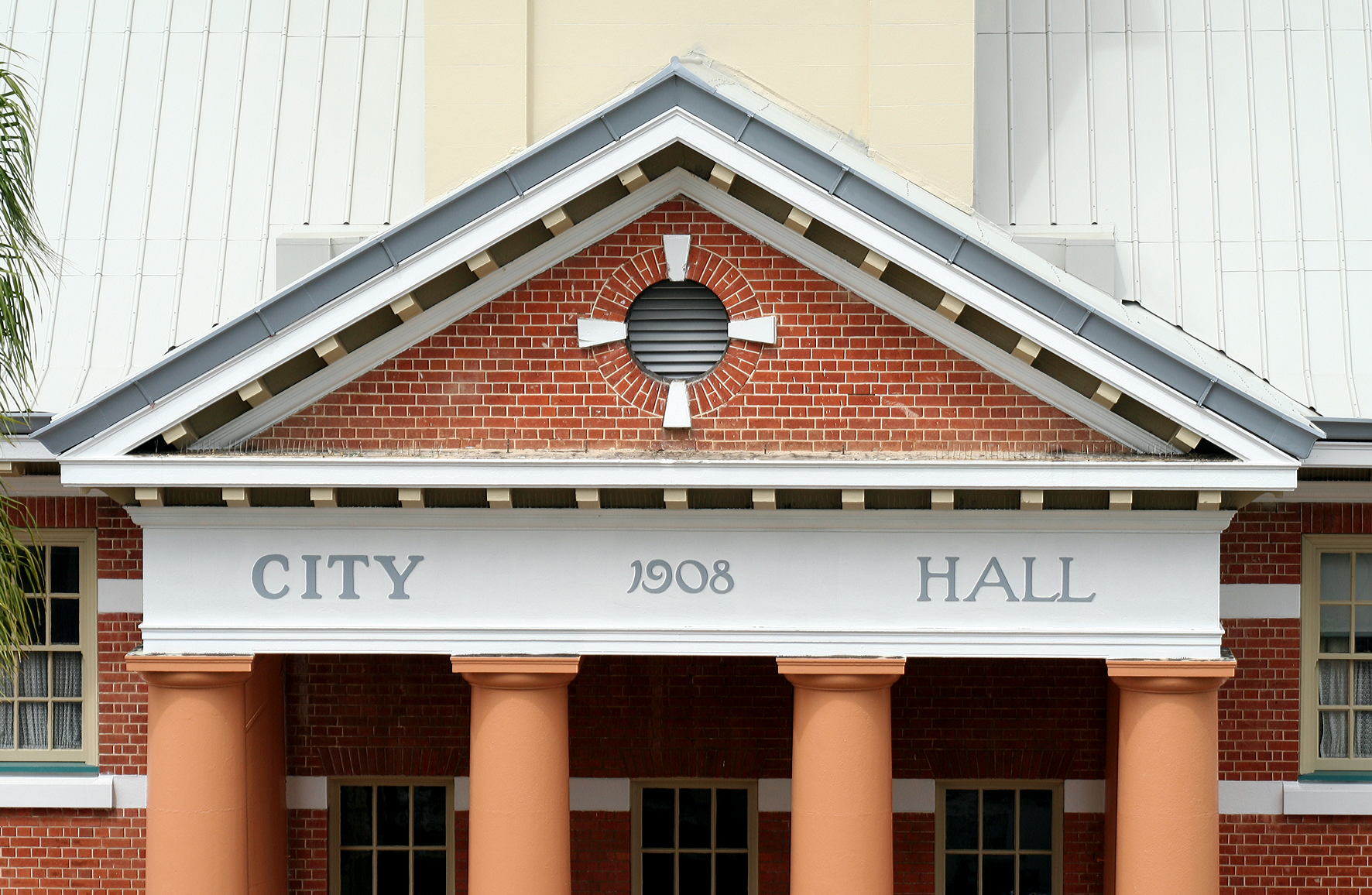 Maryborough City Hall - Accommodation Sunshine Coast