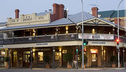 Coopers Alehouse at the Earl - Accommodation Sunshine Coast