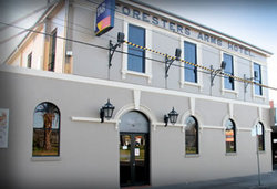 Castello's Foresters Arms Hotel - Accommodation Sunshine Coast