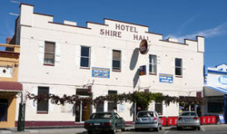Shire Hall Hotel - Accommodation Sunshine Coast