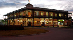 The Grand Terminus Hotel - Accommodation Sunshine Coast