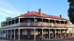 Brookton Club Hotel - Accommodation Sunshine Coast