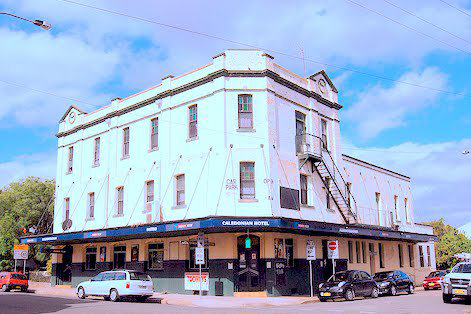 Caledonian Hotel - Accommodation Sunshine Coast