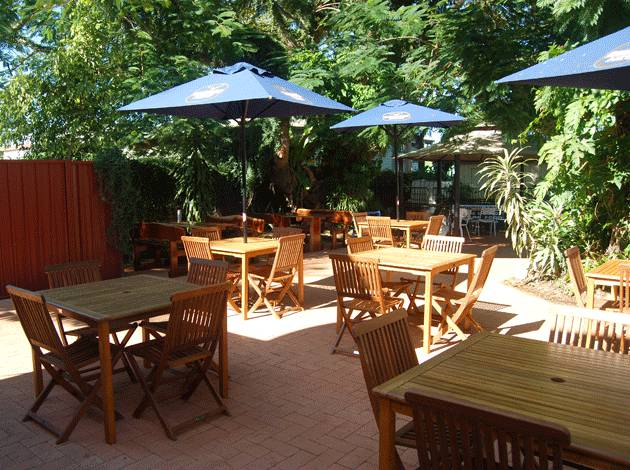 Grand Hotel - Accommodation Sunshine Coast