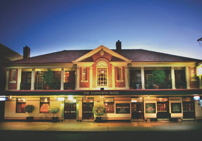 Tamworth Hotel - Accommodation Sunshine Coast