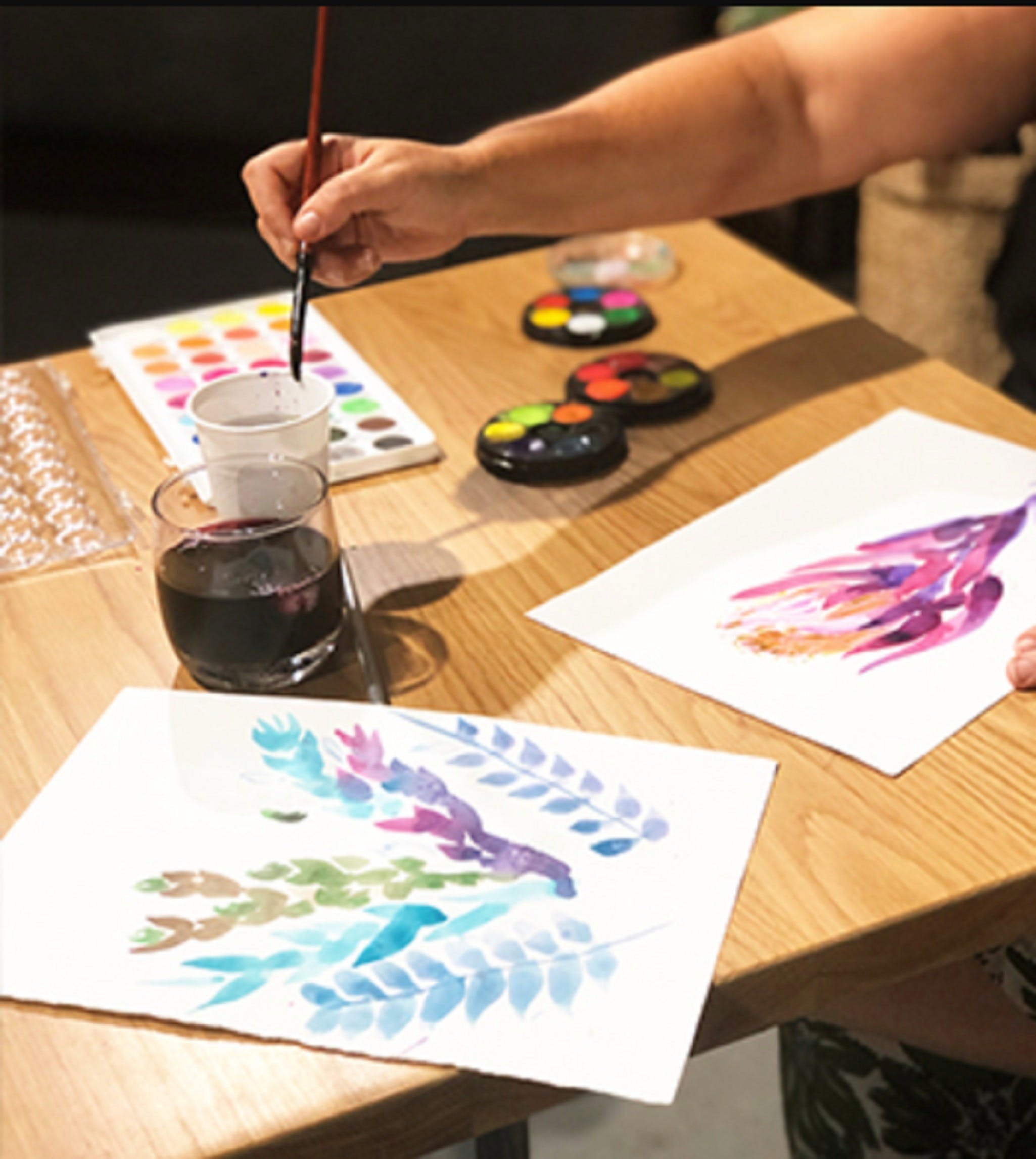 Paint and Sip Class Watercolour and Wine - Accommodation Sunshine Coast