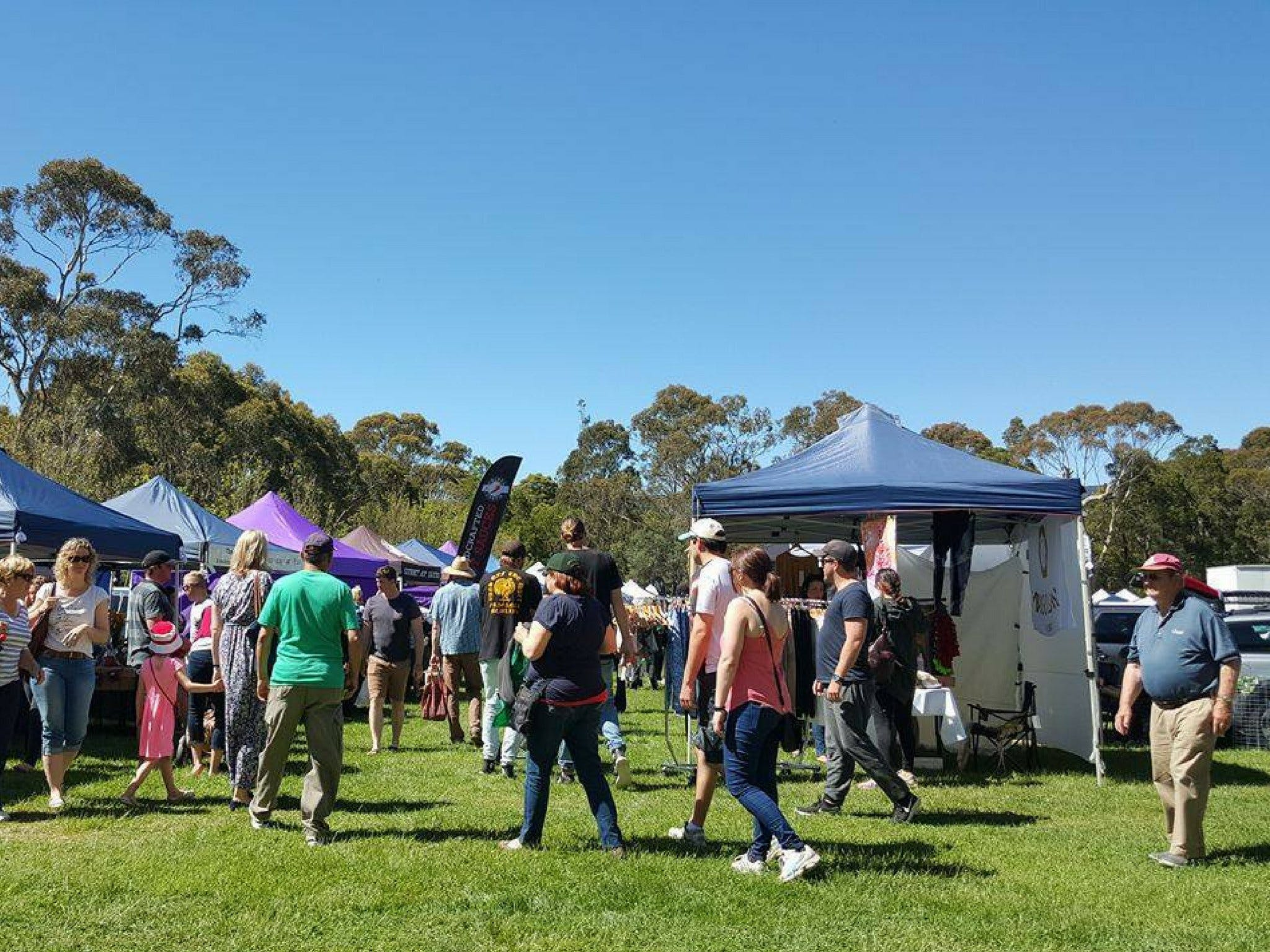 Hanging Rock Makers Market - Accommodation Sunshine Coast