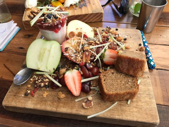 Bay Leaf Cafe - Accommodation Sunshine Coast