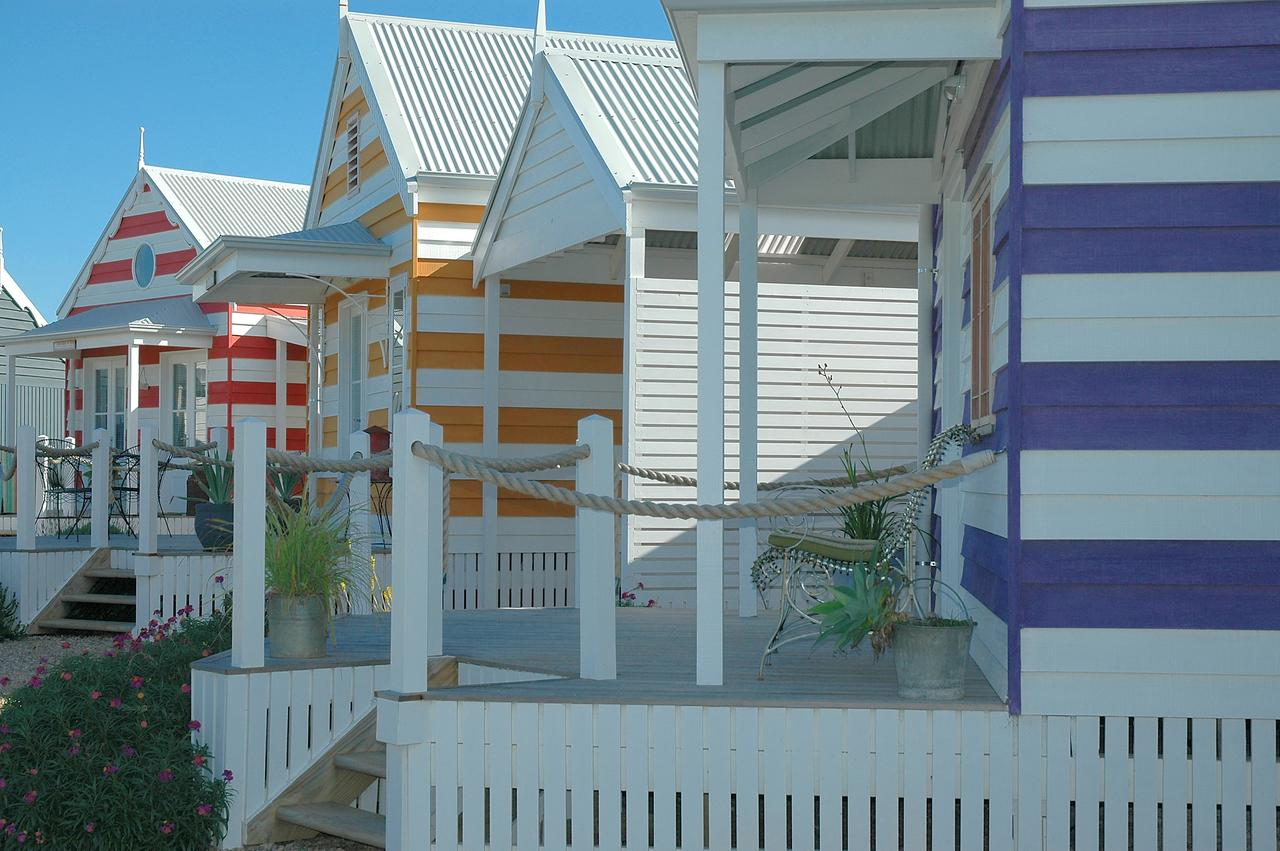 Beach Huts Middleton - Accommodation Sunshine Coast