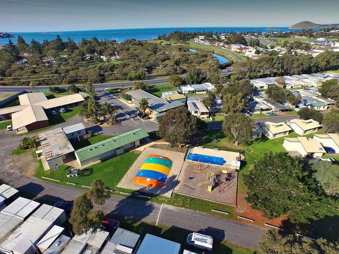 Victor Harbor Holiday  Cabin Park - Accommodation Sunshine Coast