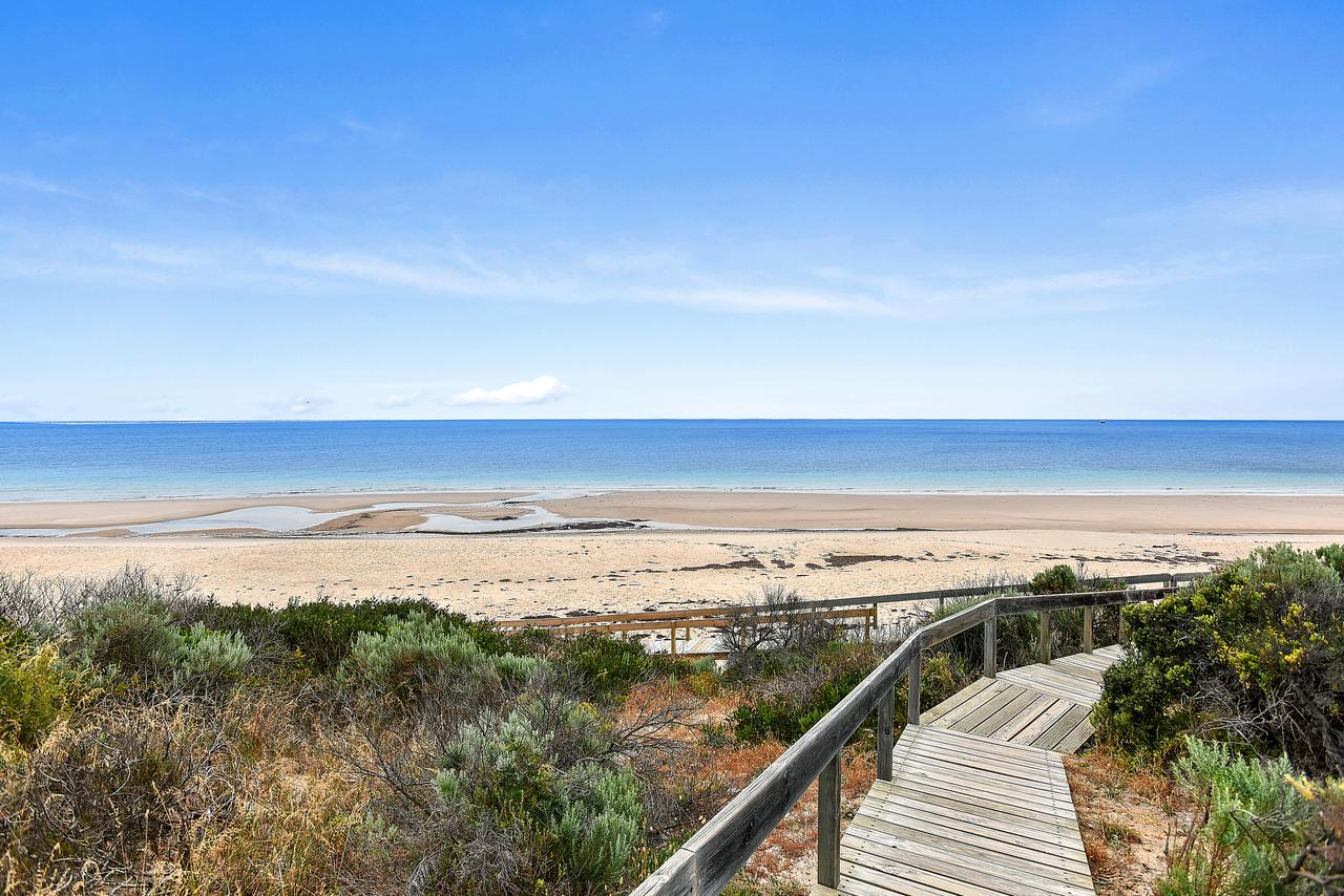 'The Hidden Diamond' - Normanville - Accommodation Sunshine Coast