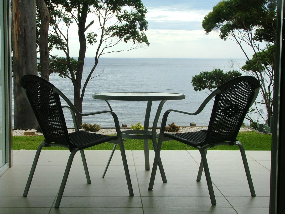 Mollymook Beach Waterfront - Accommodation Sunshine Coast