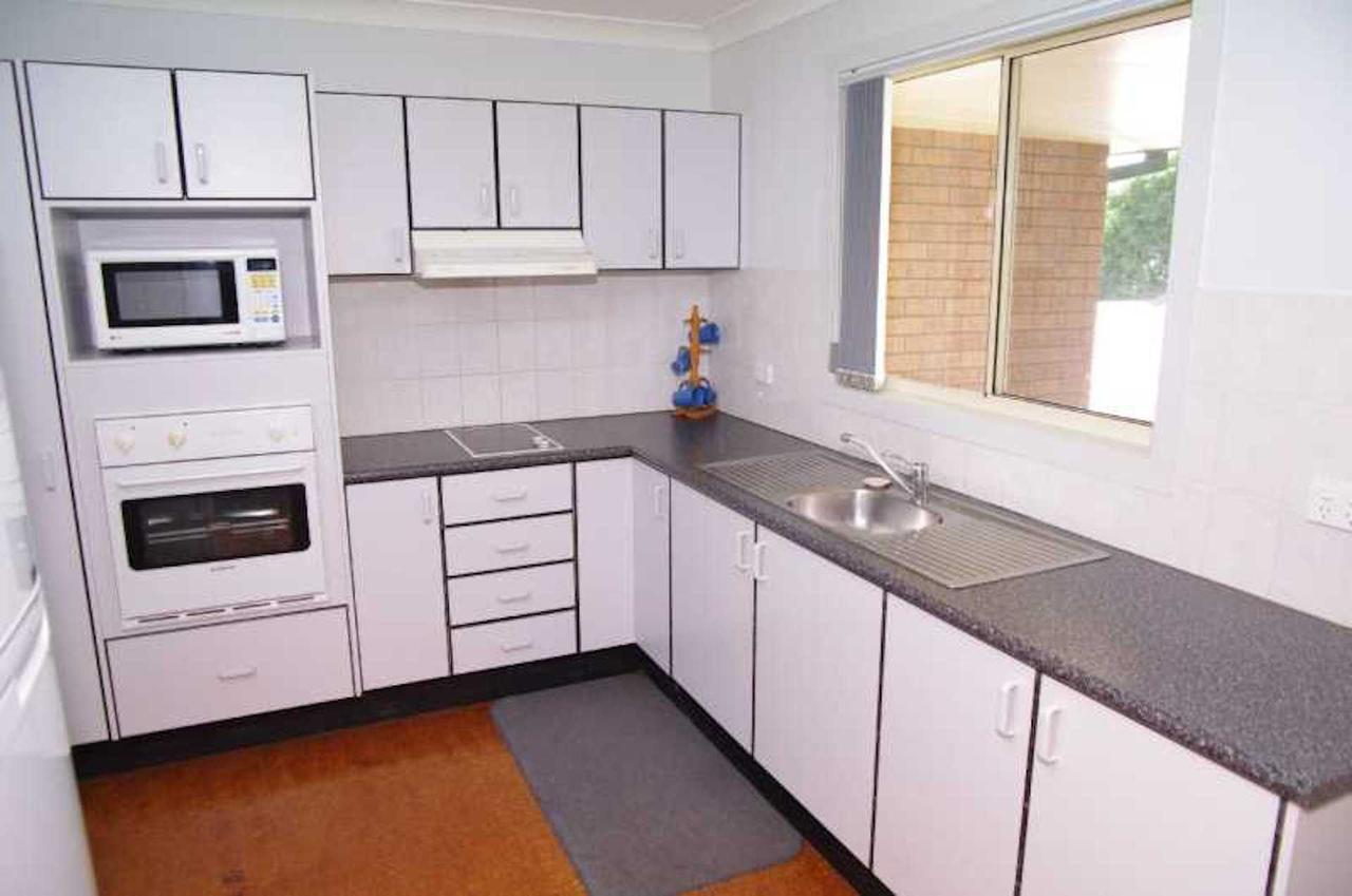 Bellhaven 1 17 Willow Street - Accommodation Sunshine Coast