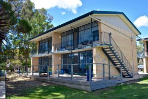 Longbeach Apartments - Accommodation Sunshine Coast