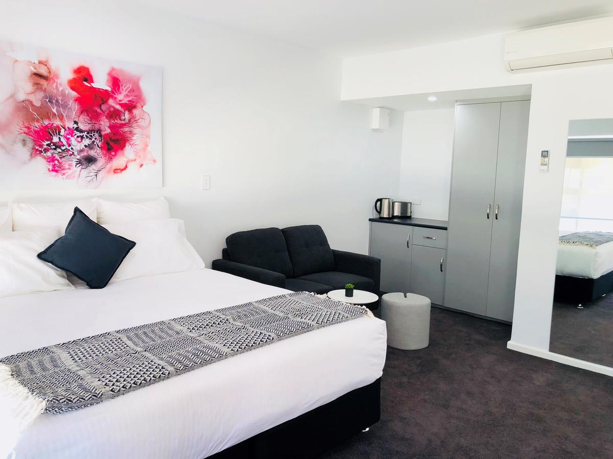 The Avenue Inn - Accommodation Sunshine Coast