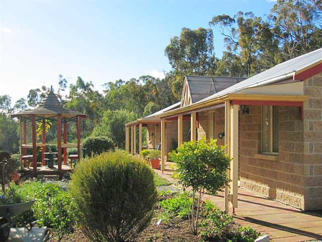 Riesling Trail  Clare Valley Cottages - Accommodation Sunshine Coast