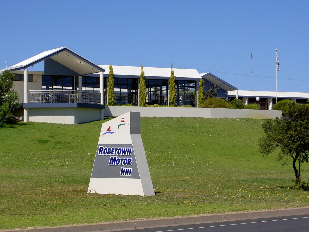 Robetown Motor Inn  Apartments - Accommodation Sunshine Coast