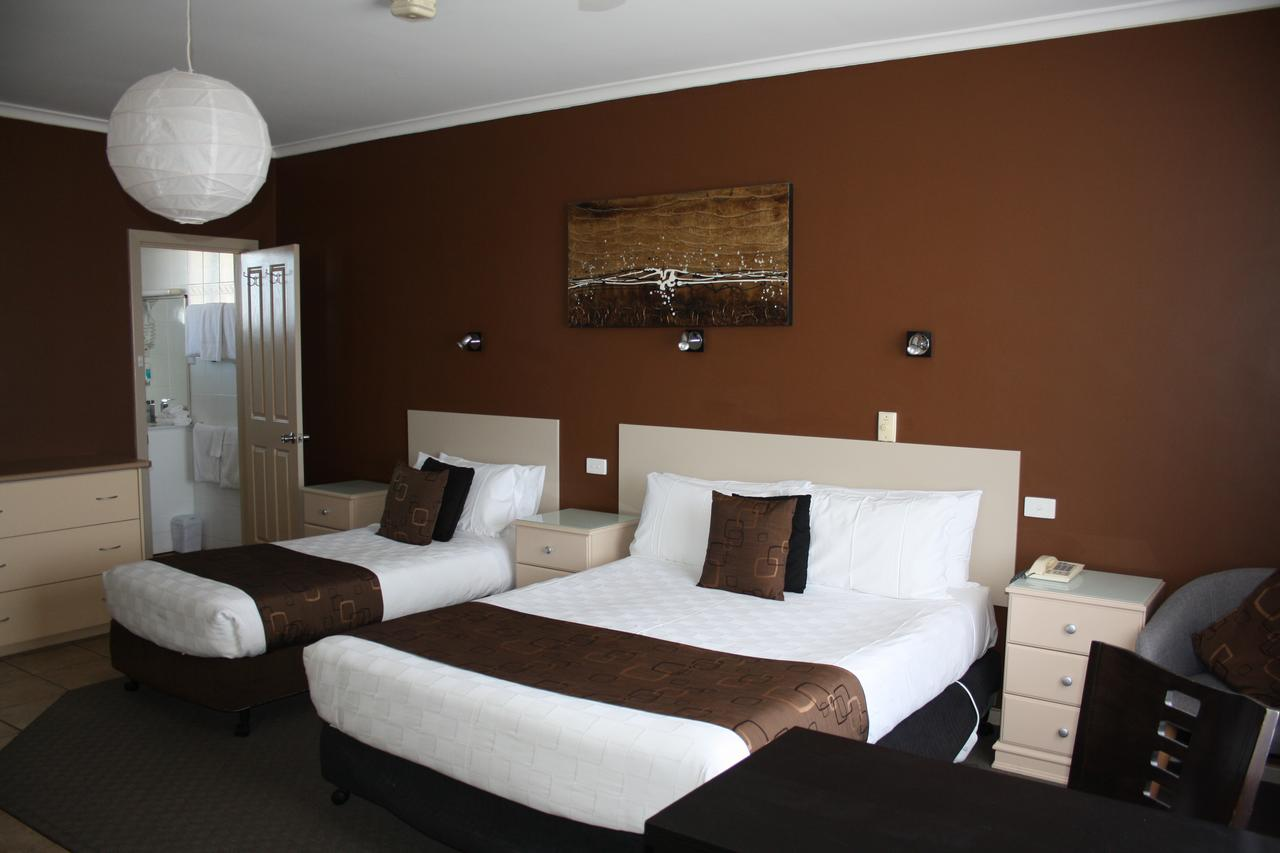 Lakeview Motel and Apartments - Accommodation Sunshine Coast