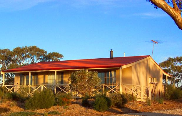 Windmill Cottage - Accommodation Sunshine Coast
