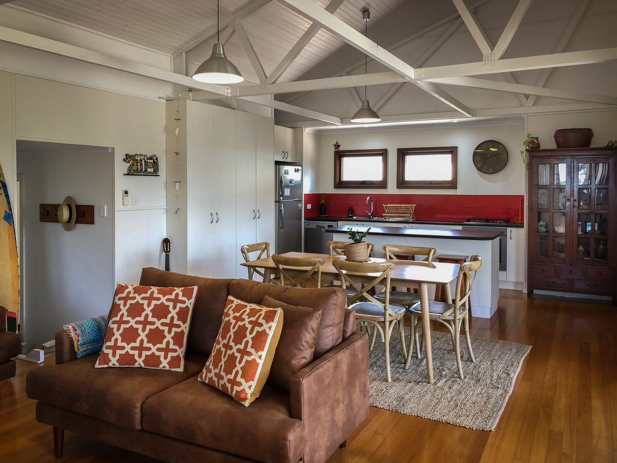 SeaLaVie - Accommodation Sunshine Coast