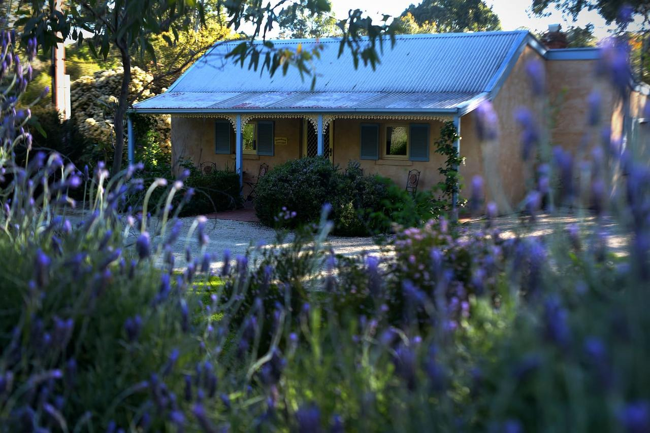 Donnybrook Cottages - Donnybrook - Accommodation Sunshine Coast