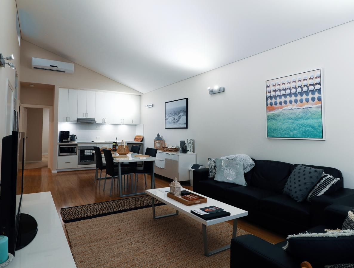 Villa Sedici  Cape Villas Dunsborough - Accommodation Sunshine Coast