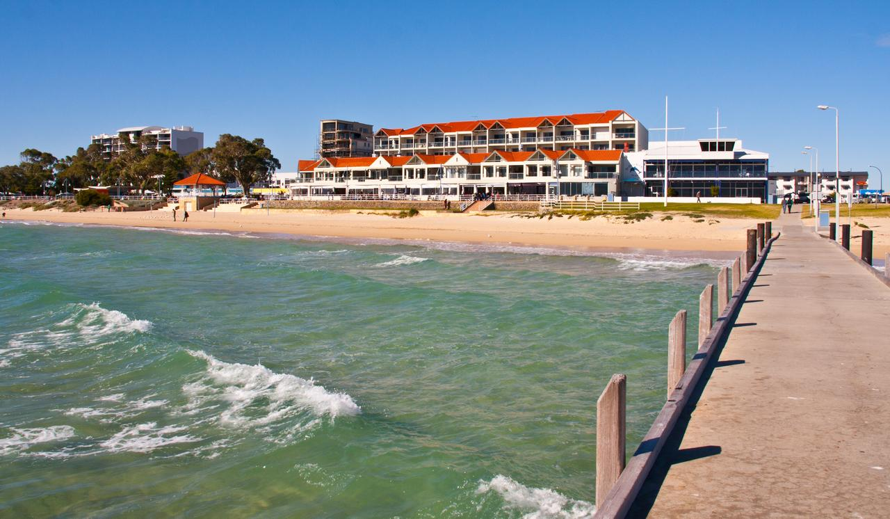 Boardwalk By The Beach - Accommodation Sunshine Coast