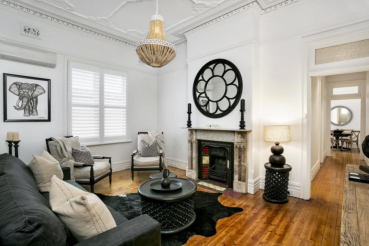 Soho Style in Manly - DARL9 - Accommodation Sunshine Coast