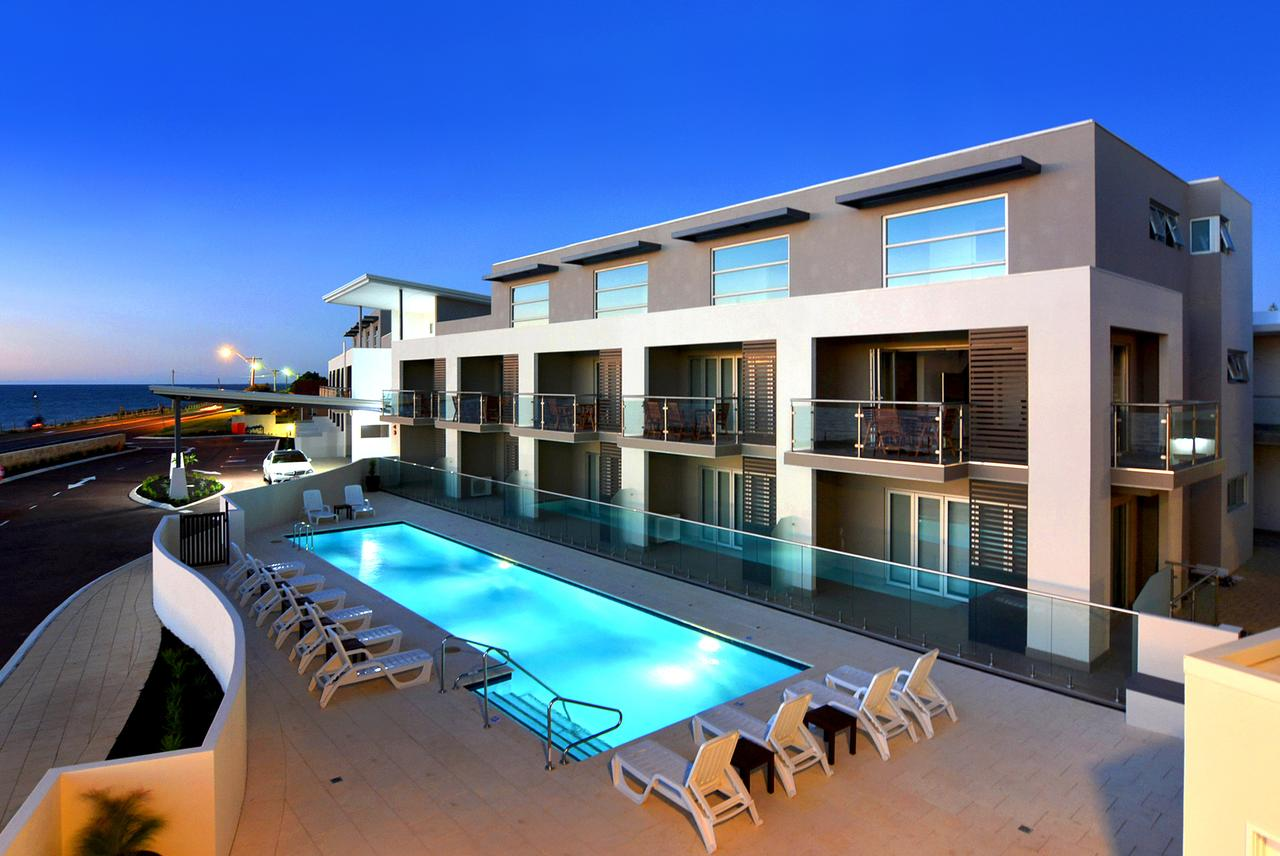 Bunbury Seaview Apartments - Accommodation Sunshine Coast