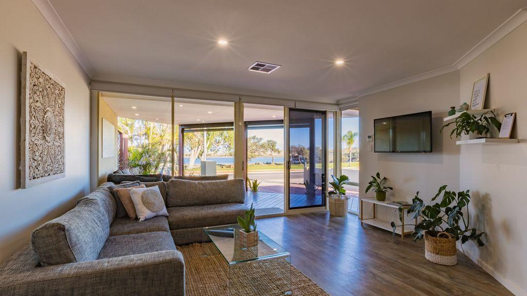 Starboard Views Kalbarri - River Front Apartment - Accommodation Sunshine Coast