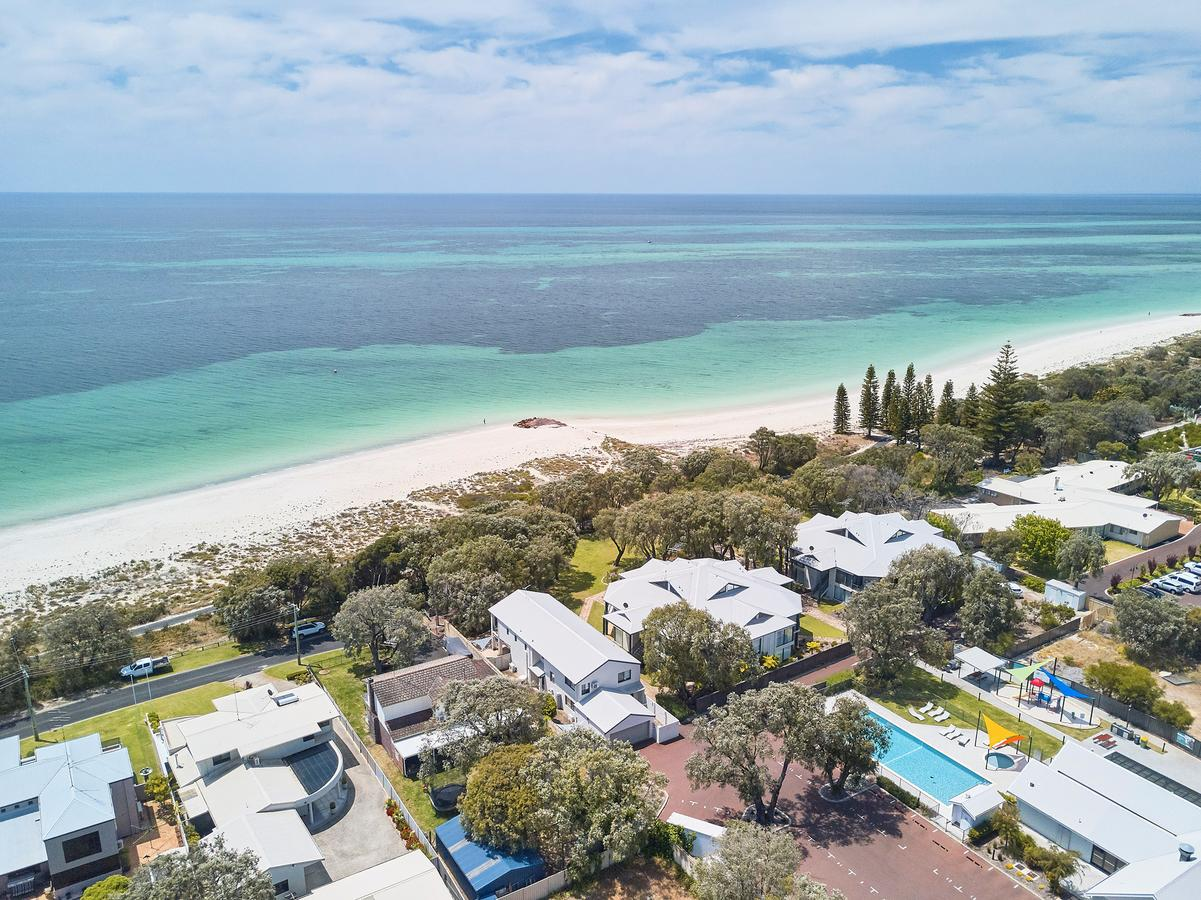 Cape View Beach Resort - Accommodation Sunshine Coast