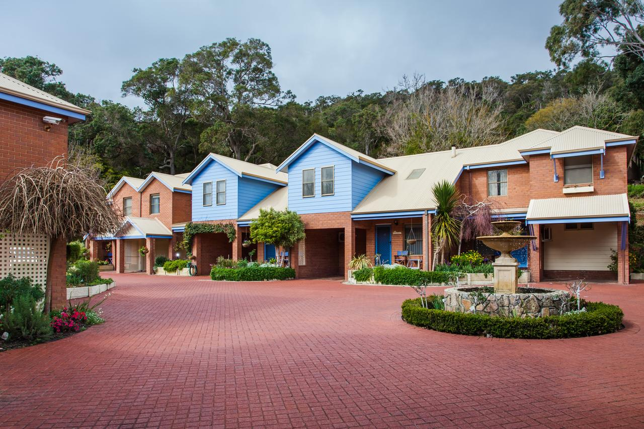 Banksia  Middleton - Accommodation Sunshine Coast