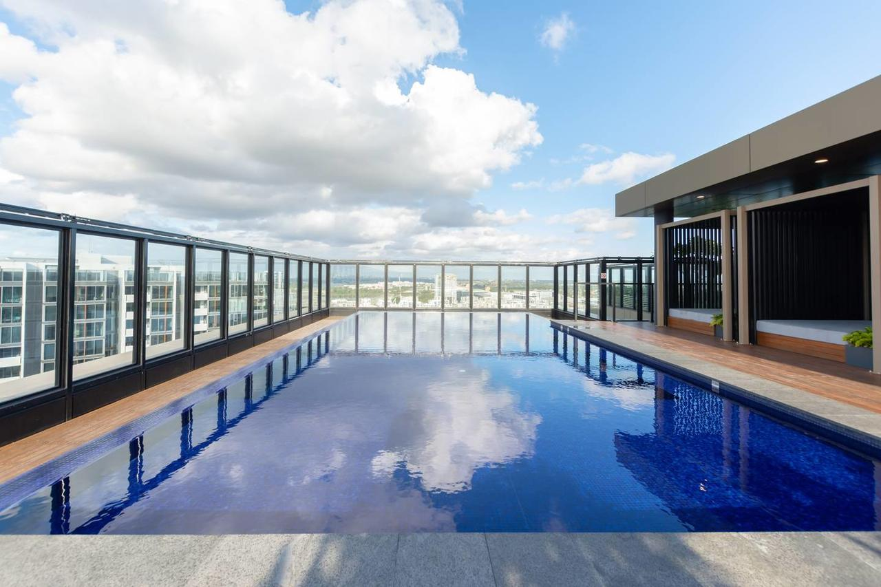 Japanese Style waterfront apt wt rooftop pool - Accommodation Sunshine Coast
