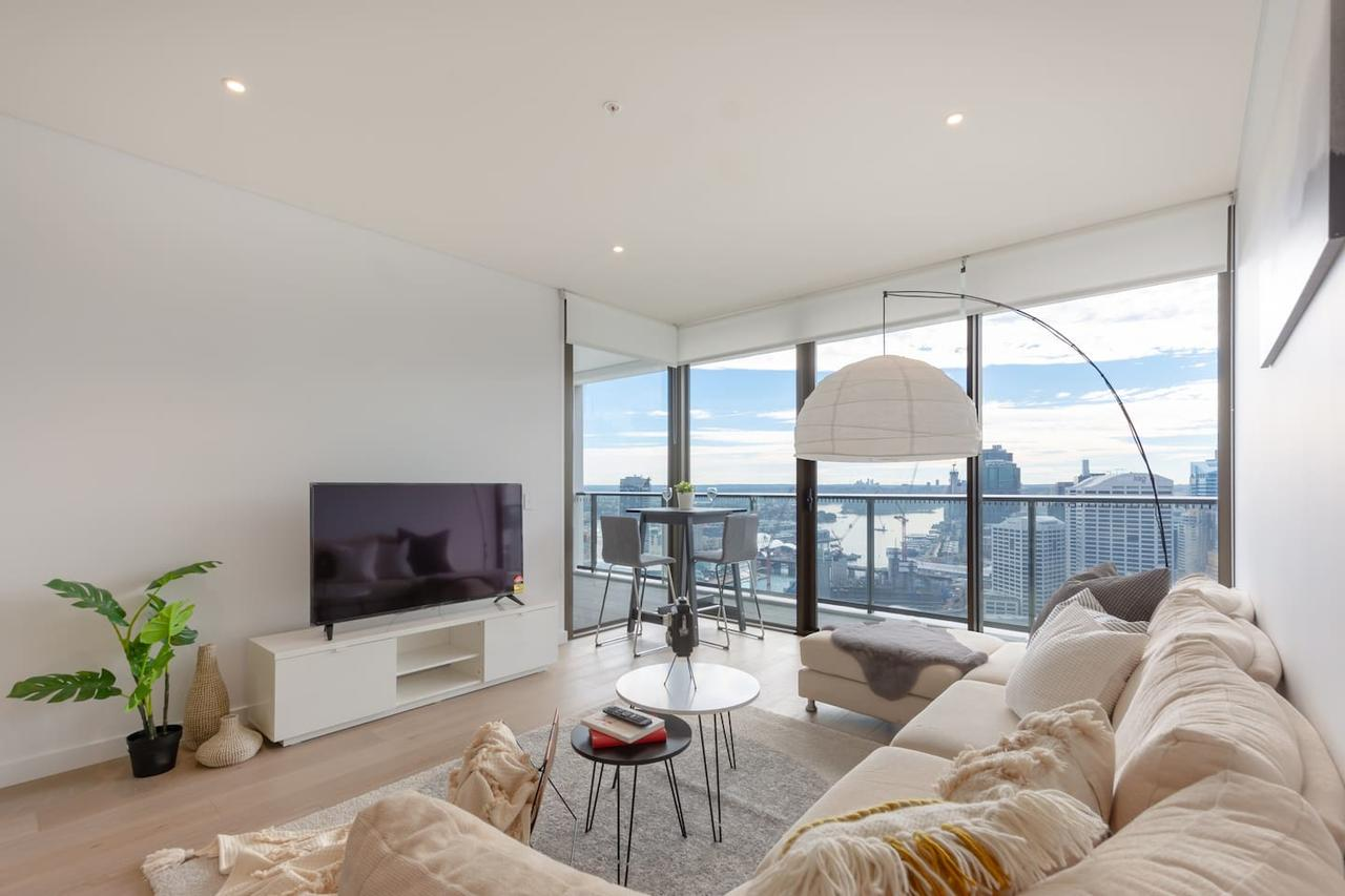 High Rise apt in Heart of Sydney wt Harbour View - Accommodation Sunshine Coast