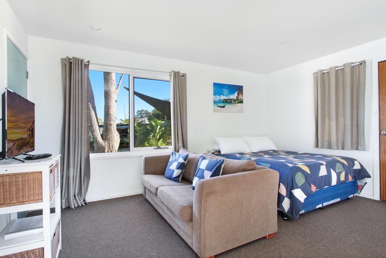 Huskisson Holiday Motel Cabins - Accommodation Sunshine Coast