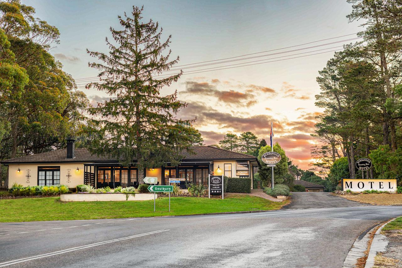 Bundanoon Country Inn Motel - Accommodation Sunshine Coast