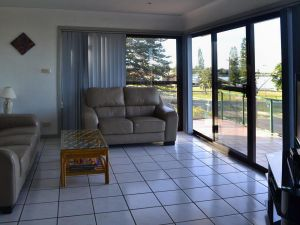 Oxley 8 at Tuncurry - Accommodation Sunshine Coast