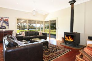 Terara Riverside Retreat - Accommodation Sunshine Coast