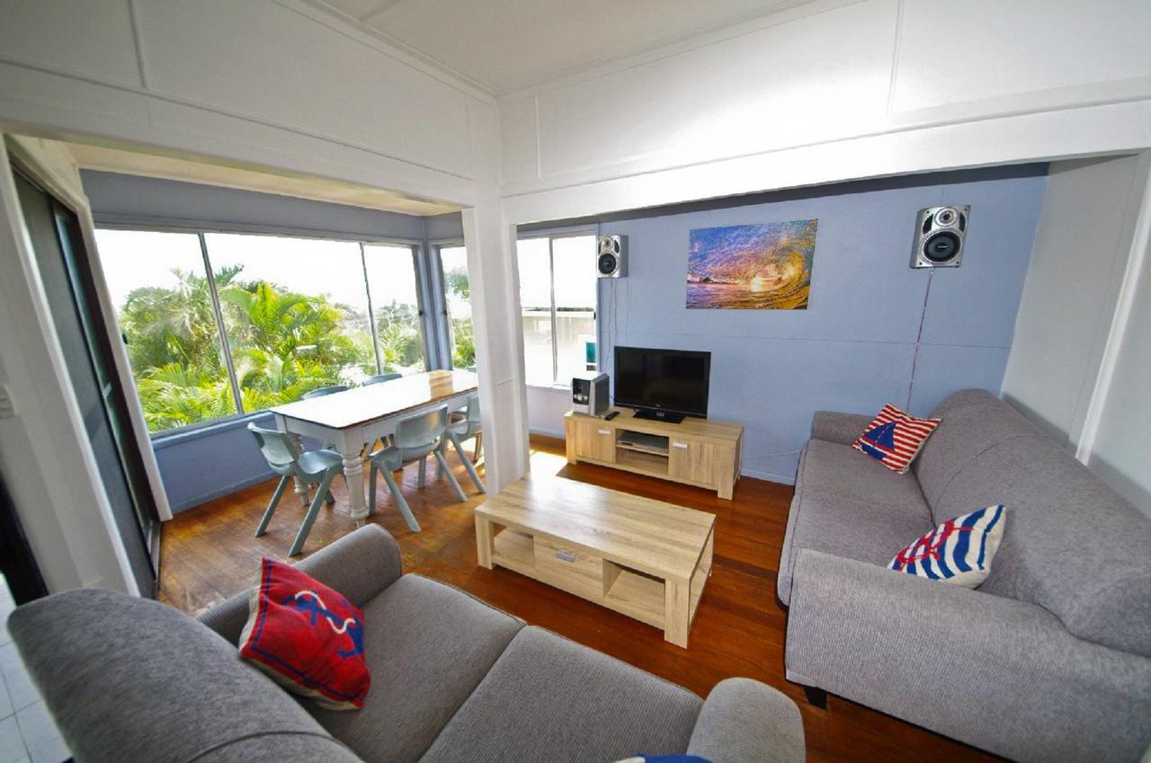 Apollo 1 9 Hodgson Street - Accommodation Sunshine Coast