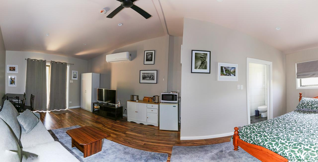 Pound Creek Gallery - Accommodation Sunshine Coast