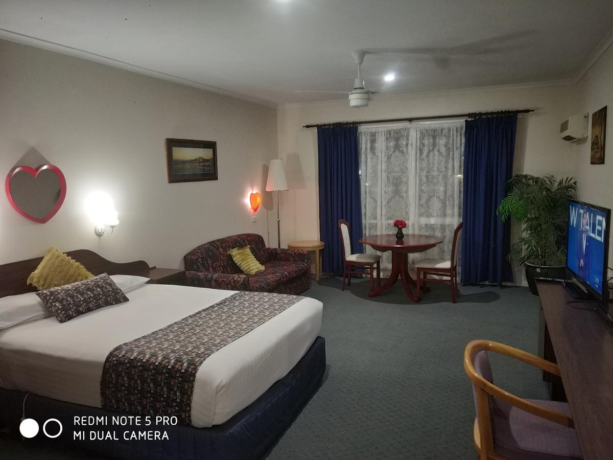 Australia Park Motel - Accommodation Sunshine Coast