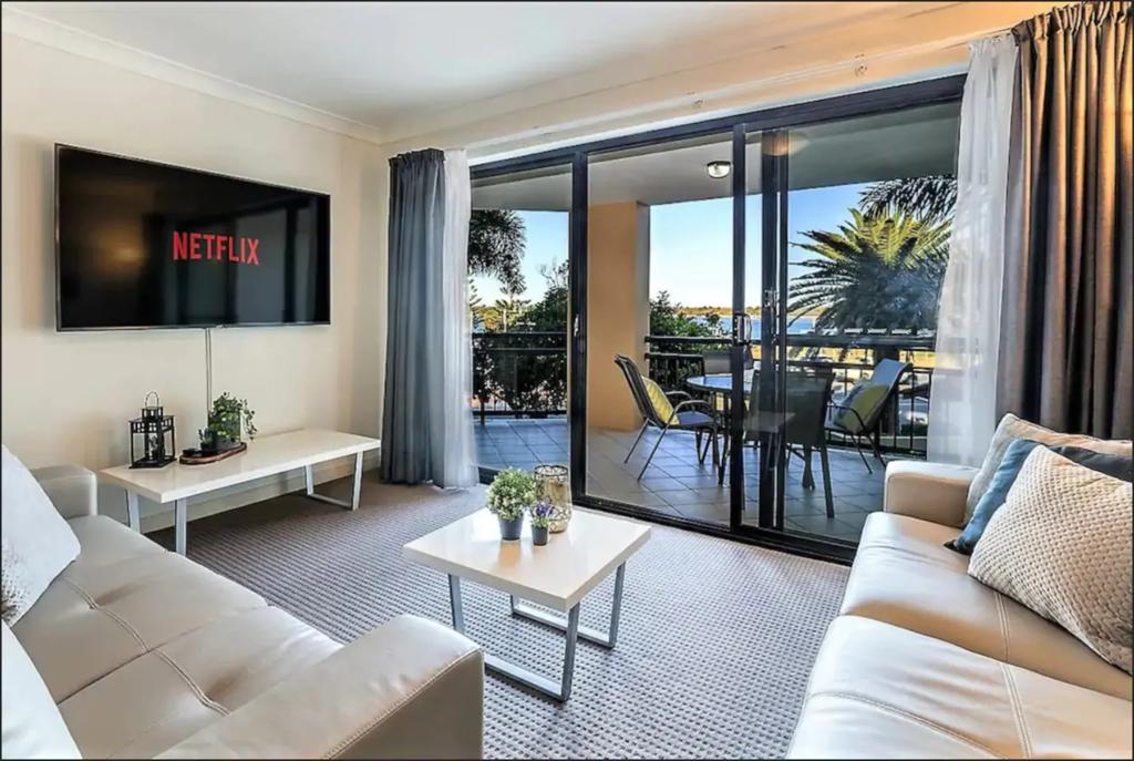 Gold Coast Apartment At Sandcastles On Broadwater - Accommodation Sunshine Coast