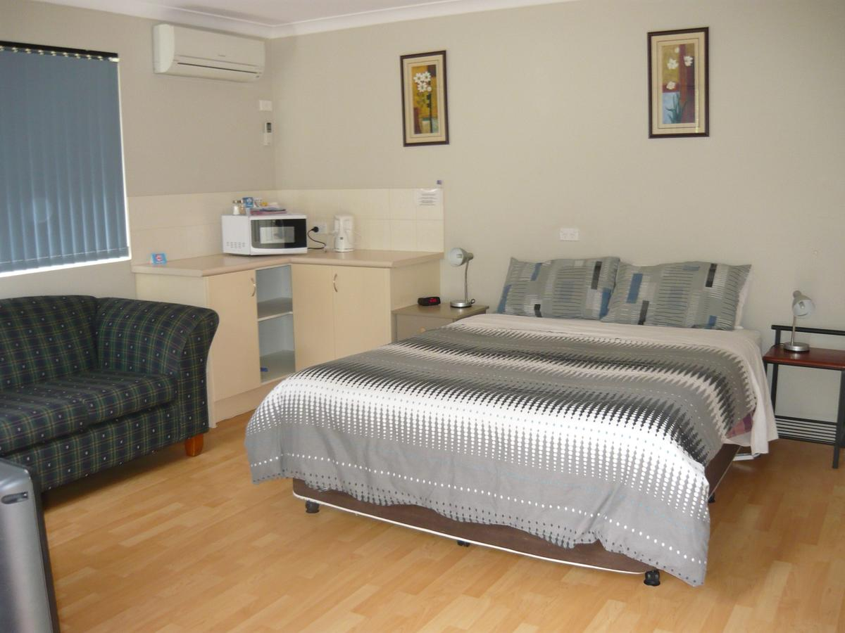 Albany Apartments - Accommodation Sunshine Coast