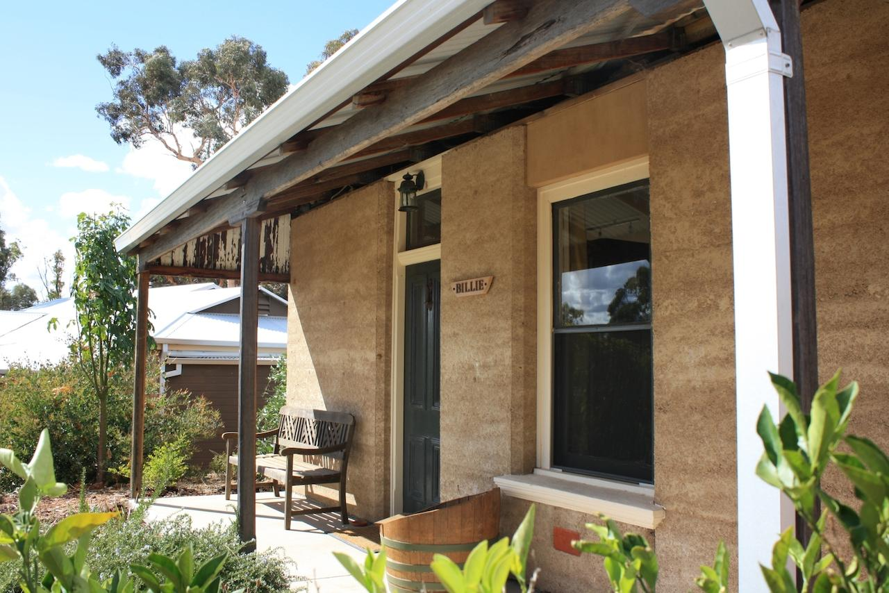 Hotham Ridge Winery and Cottages - Accommodation Sunshine Coast