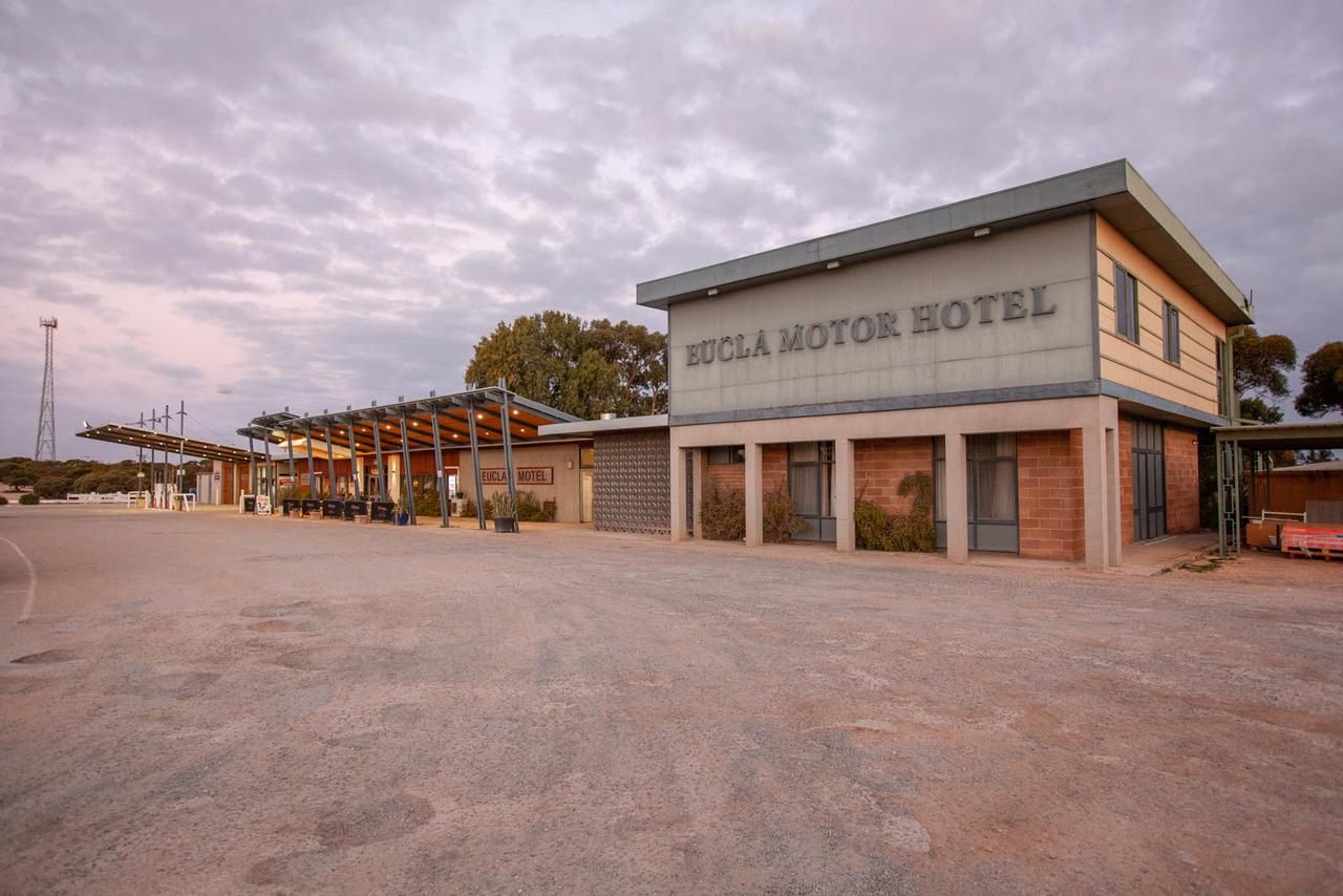 EUCLA MOTOR HOTEL - Accommodation Sunshine Coast