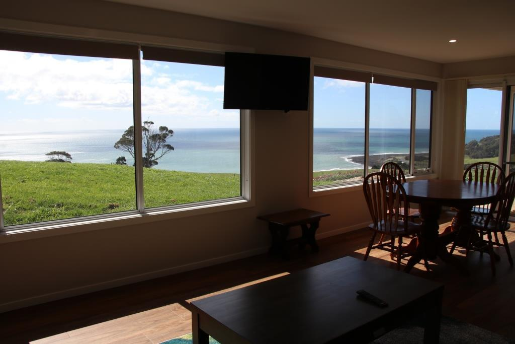 Penguin Seaside Farm - Accommodation Sunshine Coast