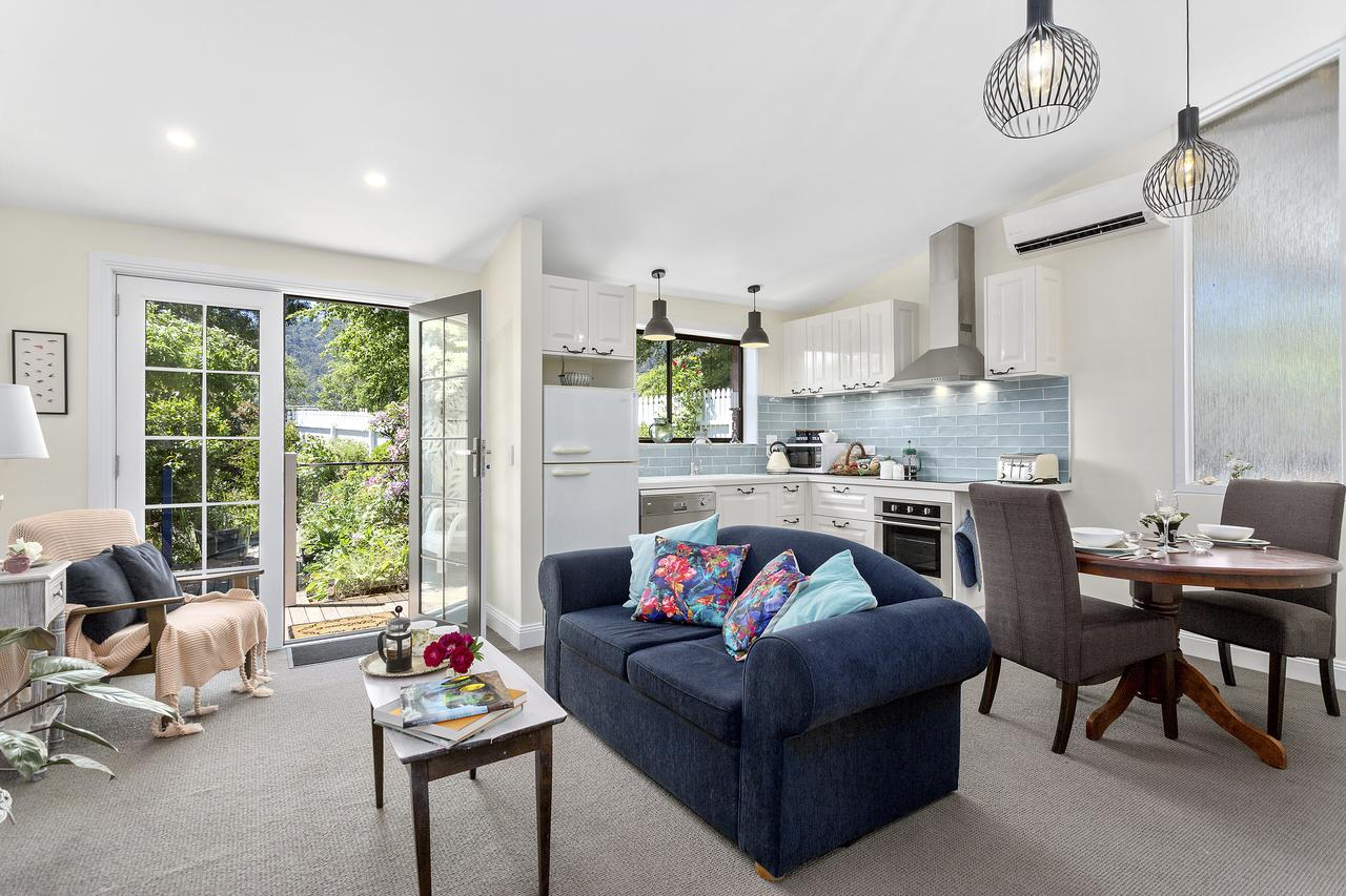 Birch Lane - Accommodation Sunshine Coast