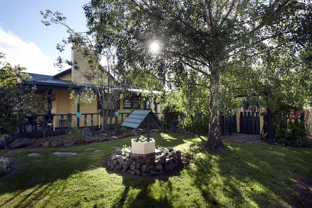 Blue Wren Riverside Cottage - Accommodation Sunshine Coast